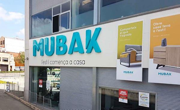 Mubak Terrassa tienda de muebles y decoración
